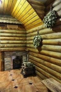 Топочная и комната отдыха в Русской бане